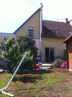 Nice Bed and Breakfast with Internet Access and Central Heating - Schnersheim vacation rentals