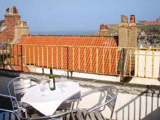 THE CAPTAIN'S HIDEAWAY, pet friendly, character holiday cottage in Whitby, Ref 12116 - Whitby vacation rentals
