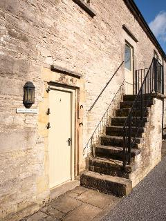 REDHURST COTTAGE, part of the Chatsworth Estate, pet-friendly, woodburner in Wetton Ref 17465 - Wetton vacation rentals