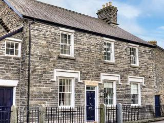 CORWEN OLD POLICE STATION, character features, flexible sleeping, woodburner, in Corwen, Ref. 912150 - Corwen vacation rentals