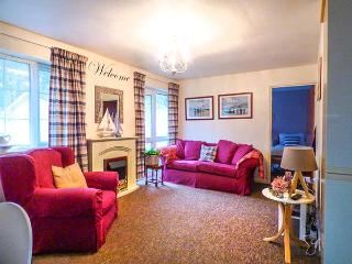 NO. 1 THE HEATHERS, holiday bungalow, close to moors, fishing nearby, near Liskeard, Ref 921299 - Liskeard vacation rentals