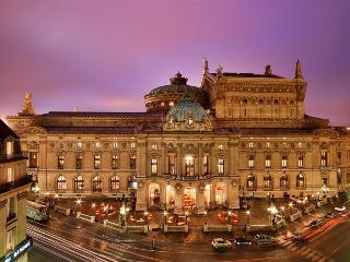 OPERA DELIGHT~DAZZLING 3 BR/ 2 BA APT WITH BALCONY - Paris vacation rentals