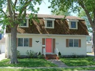 Pet Friendly Cottage 2nd Floor 124348 - Image 1 - Cape May - rentals