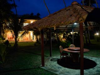 Max Wadiya an idyllic beach property in Sri Lanka - Hikkaduwa vacation rentals