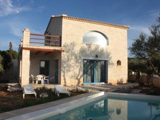Nice 2 bedroom Tragaki Villa with Deck - Tragaki vacation rentals
