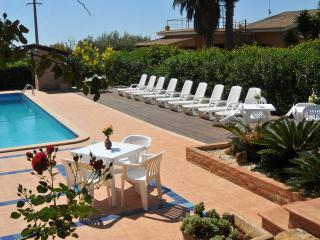Il Mandorleto Resort - depandance - by Morfeo - Noto vacation rentals