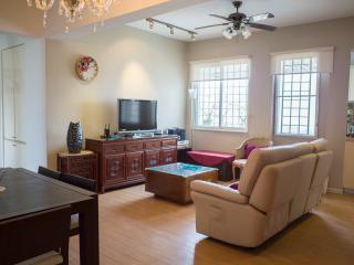 Spacious 2 Bedrooms Duplex Prime location Apartmen - Macau vacation rentals