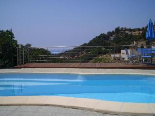 Villa Cruise - Lloret de Mar vacation rentals