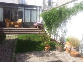 Maison au calme à 100 m de Paris - Malakoff vacation rentals