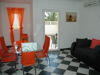 Comfortable 1 bedroom Orebic Apartment with Internet Access - Orebic vacation rentals