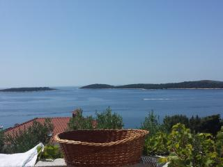 2 bedroom Condo with Internet Access in Hvar - Hvar vacation rentals