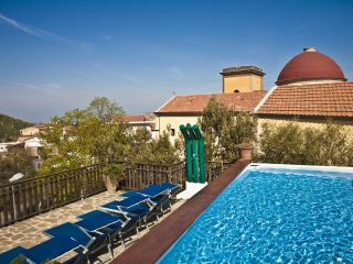 6 bedroom villa with private pool near Sorrento - Sorrento vacation rentals