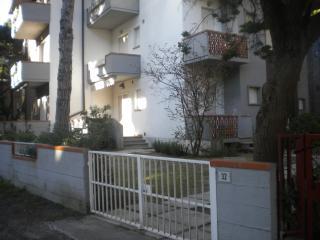 Principina a Mare (GR) - Appartamento con giardino - Principina a Mare vacation rentals