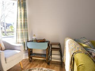 Romantic 1 bedroom Cottage in Pitlochry with Internet Access - Pitlochry vacation rentals
