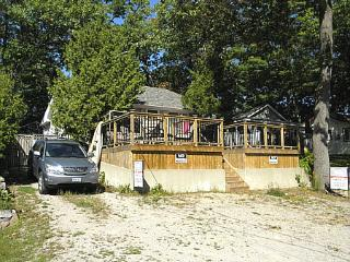 Grand Bend Short Walk to Beach - Grand Bend vacation rentals