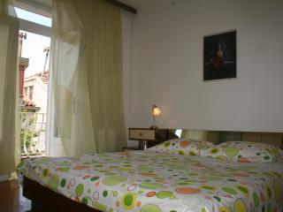Cozy room with balcony near harbour - Dubrovnik vacation rentals