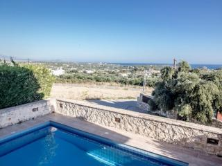 Perfect Villa with A/C and Satellite Or Cable TV - Rethymnon vacation rentals