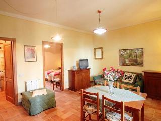 Sunny 1 bedroom Vacation Rental in Vinci - Vinci vacation rentals