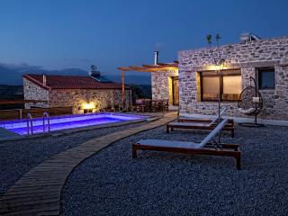 OLIVE luxury villas - villa Gamma - Kamilari vacation rentals