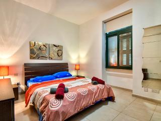 006 Preminent location Sliema 2-Bedroom Apartment - Sliema vacation rentals
