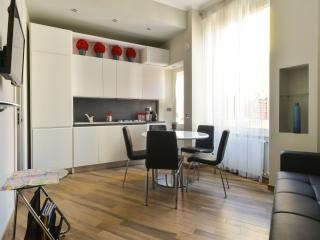 Cozy 2 bedroom Vacation Rental in Rome - Rome vacation rentals