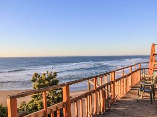 Miles of Beautiful Views in Nelscott! - Lincoln City vacation rentals