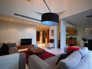3 Bed Duplex Apartment in Dubai Marina - Dubai vacation rentals