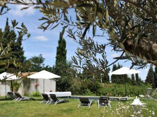 """Domaine de La Salutière - """" La Tourelle 2ch"""" - Lauraguel vacation rentals"""