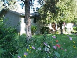 Deschutes House of Bend Oregon - Bend vacation rentals