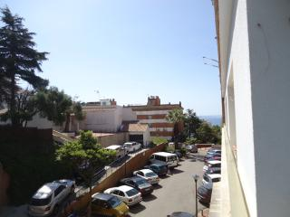 Bright Lloret de Mar Studio rental with Internet Access - Lloret de Mar vacation rentals