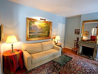 Spacious and elegant 2 bedroom Marais apartment full of art - Paris vacation rentals