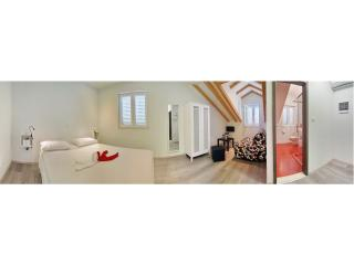 Dubrovnik Icy-House Mark-Twain room 2+2 - Dubrovnik vacation rentals