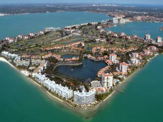 Isla Del Sol, Bahia Del Mar #908 - Saint Petersburg vacation rentals