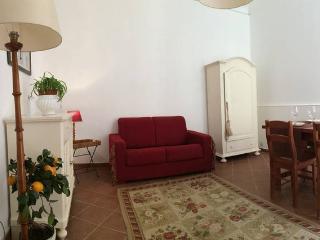 Casa HOST+ romantico appartamento - Syracuse vacation rentals