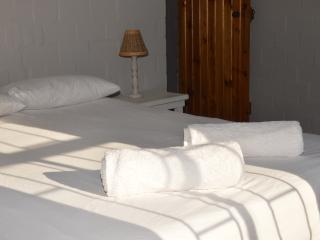 Langebaan Longbeach Self-Catering Cabanas Shekina 3bed sleeps 6 ONLY - Langebaan vacation rentals