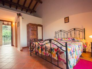 cascina di sotto - Camera 2 - Rome vacation rentals