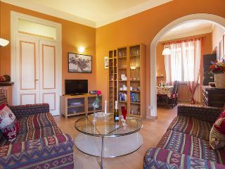 QUIET CENTRAL APARTMENT CAMELIA IN ARONA NEAR LAKE - Arona vacation rentals