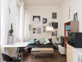 Lovely 2 Story in Center by Flatbook - Strasbourg vacation rentals