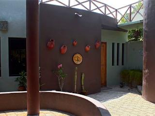 4 bedroom House with Internet Access in La Manzanilla - La Manzanilla vacation rentals