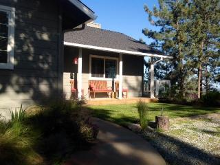 Yosemite area 10 acres vacation property - Coulterville vacation rentals