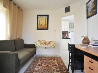 Cozy two bedroom apartment - Jerusalem vacation rentals