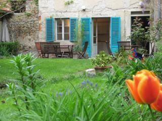 Casa Mila Garden Apartment - Sansepolcro vacation rentals