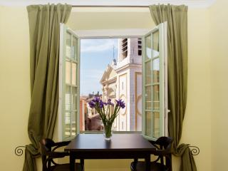 Beautiful 1 bed apartment Old Town - Nice vacation rentals