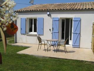 Lavender Cottage at Les Lavandes - La Palmyre-Les Mathes vacation rentals
