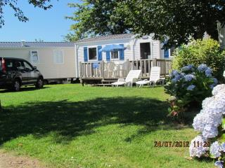 Jantom Holidays self catering 3 bedroom 21st Century Mobile Homes by beaches - Benodet vacation rentals