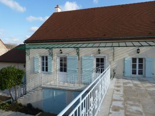 10pm luxury holiday home for wine lovers - Puligny-Montrachet vacation rentals