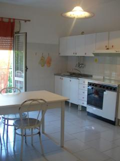 Nice Condo with Balcony and Parking - Gizzeria Lido vacation rentals