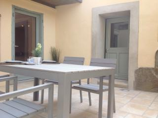 Apartment with private terrace, Cite views, aircon - Carcassonne vacation rentals