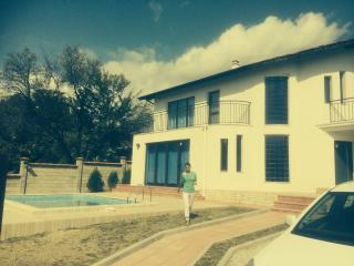 Albena Cliff villa With  swimming pool - Albena vacation rentals