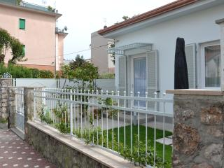 Nice Villa with Internet Access and Dishwasher - Marina di Carrara vacation rentals